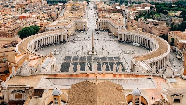 saint peters square vatican city italy 16x9 - Rekomendasi Perjalanan Spiritual.
