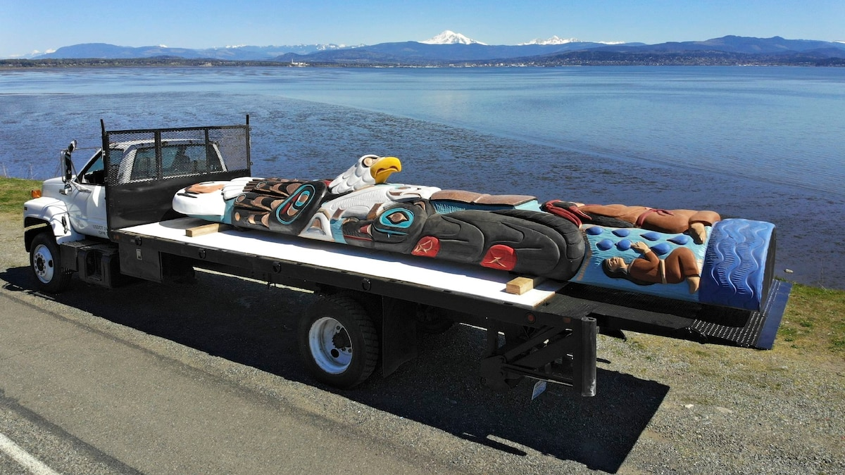 Why is this totem pole traveling across America?