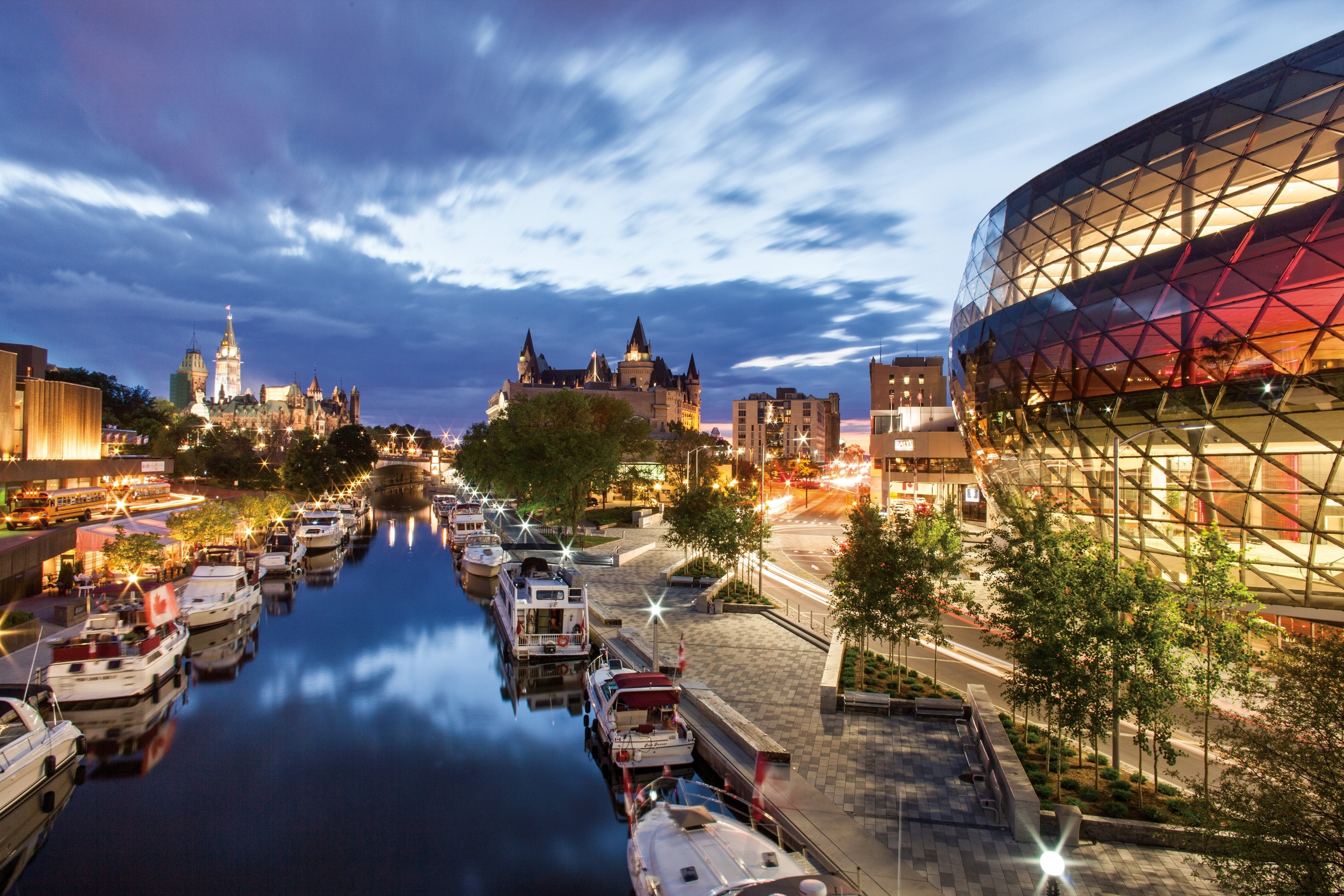 10 Must-Have Experiences in Ontario