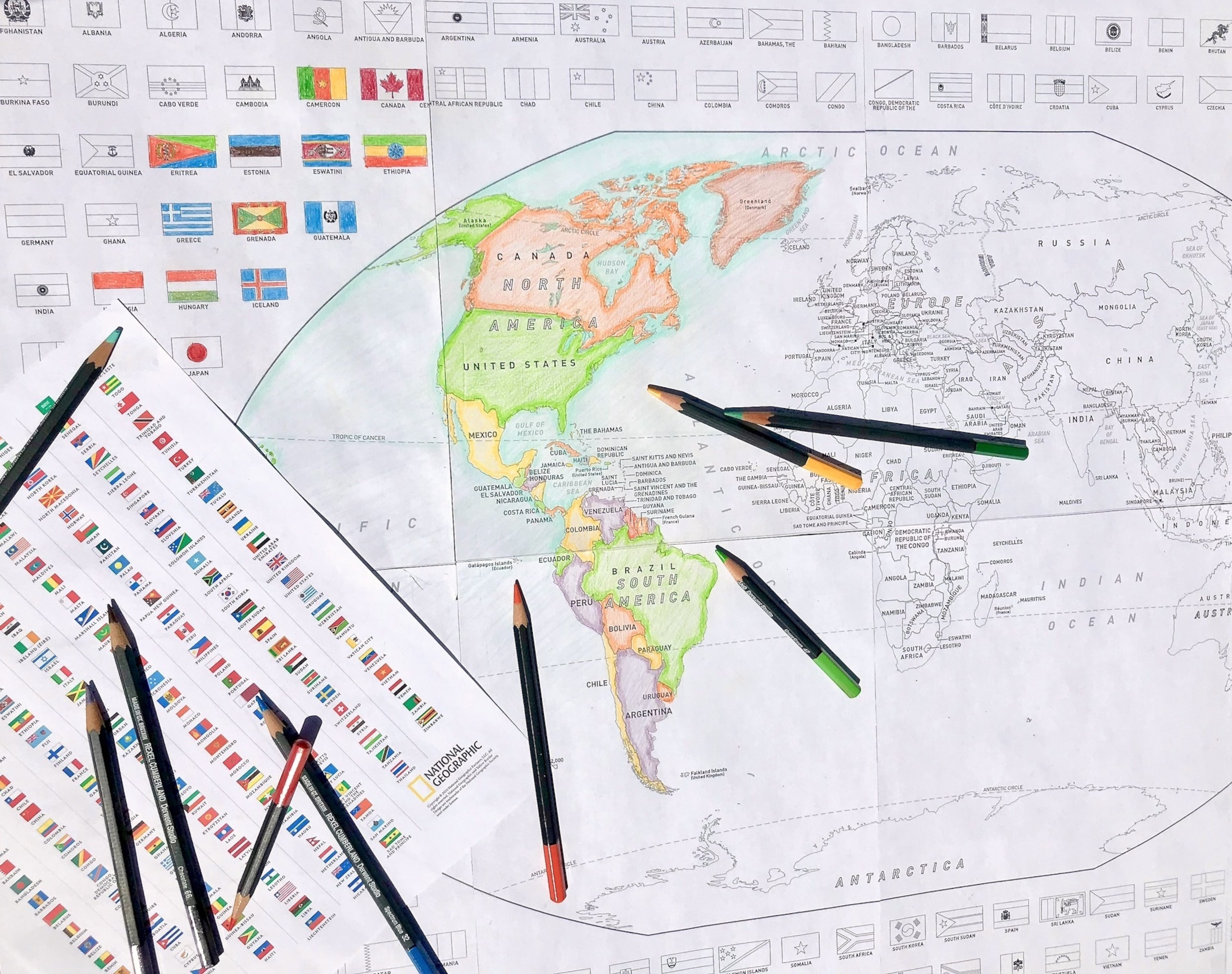 Download And Color A Free World Or United States Map With Flags