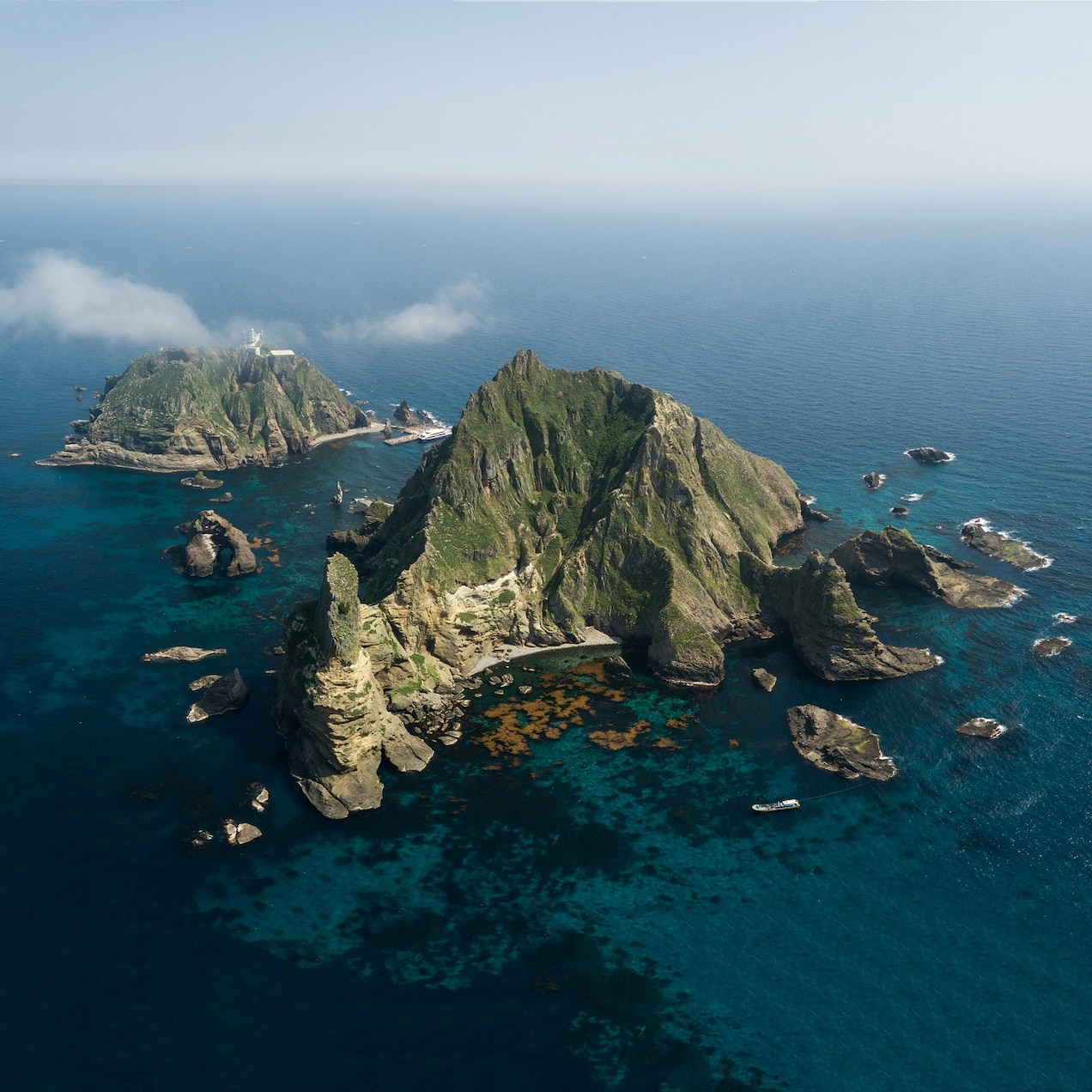 The Dokdo Islands are the center of a diplomatic dispute between South Korea and Japan that goes back more than 300 years.