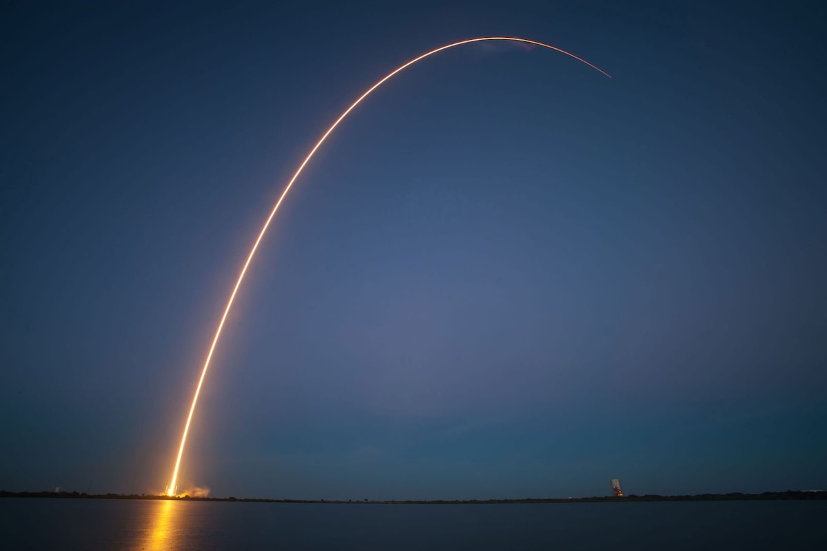 Pictures show a decade of SpaceX making spaceflight history