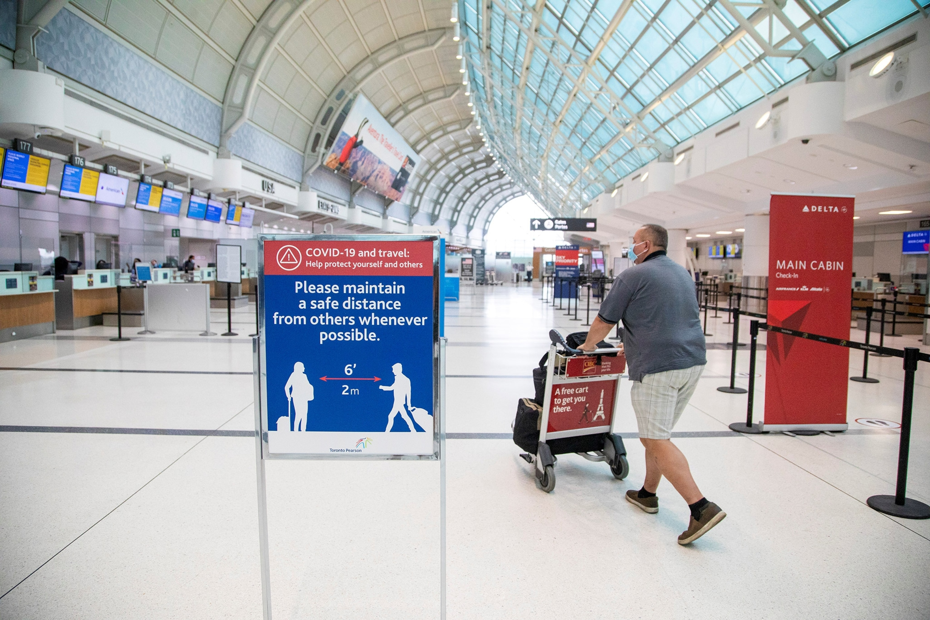 Canada To Require Air Travelers To Test Negative For Covid 19 Reuters