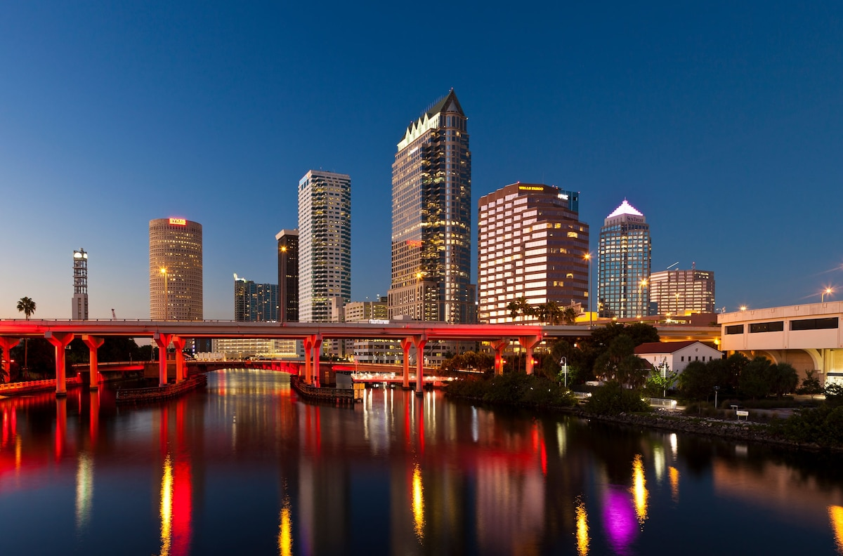 Tampa Travel Guide